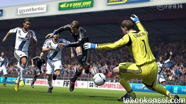 FIFA14-Bundled-Xbox-One-